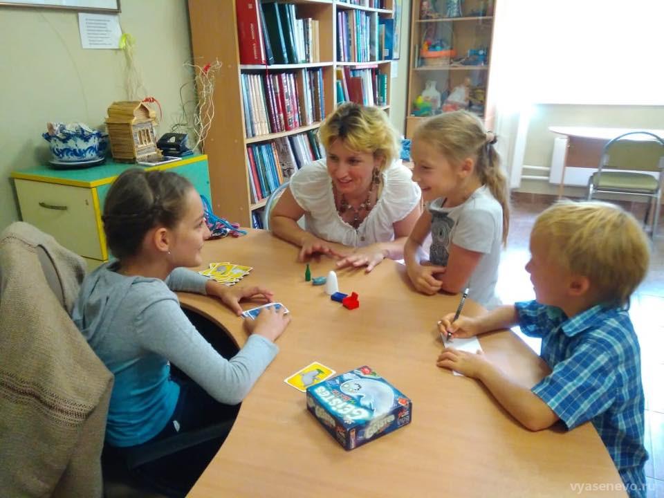 В библиотеке № 171 организовали литературную игру по сказкам Александра Сергеевича Пушкина