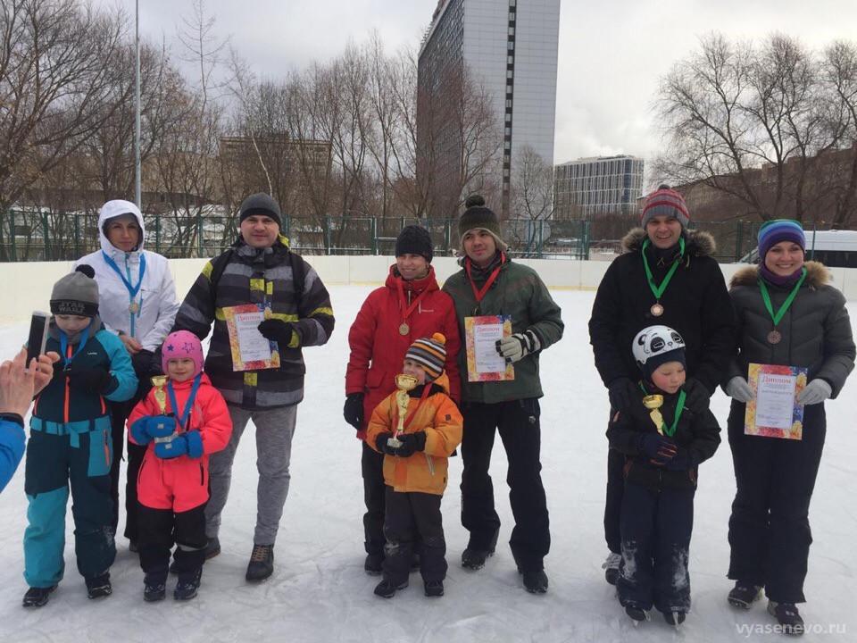 Семьи из Ясенева завоевали призовые места на окружной спартакиаде