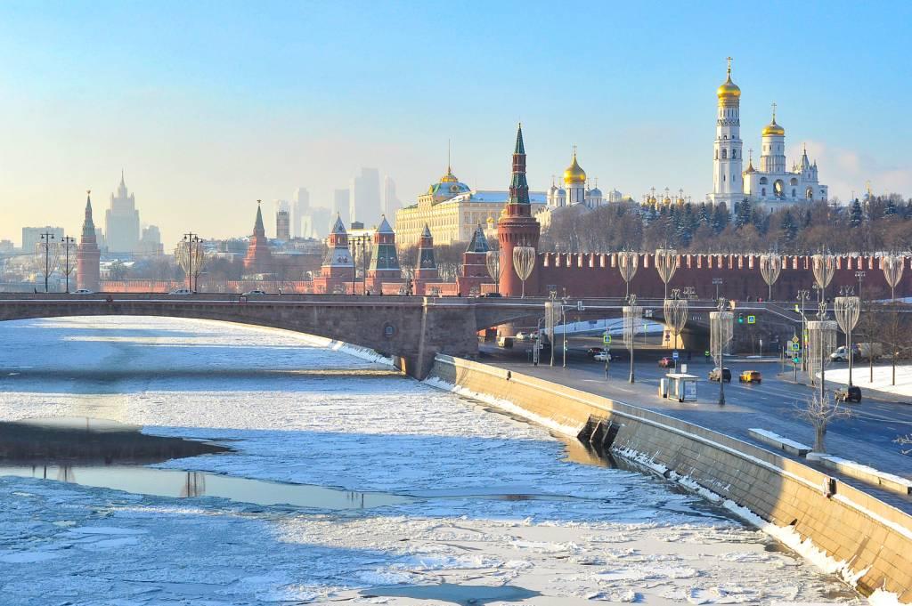 На этой неделе москвичей ждет неустойчивый характер погоды, с частыми перепадами температуры и давления