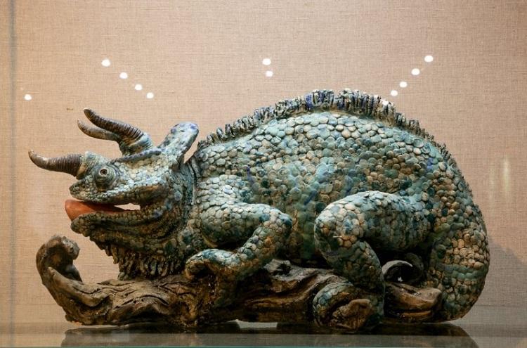 В Государственном Дарвиновском музее проходит выставка скульптора Петра Хохловкина «Бестиарий»