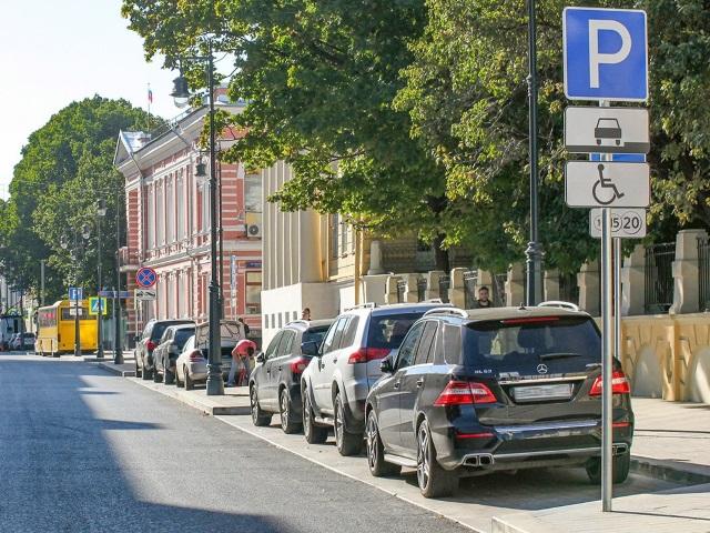 12 июля вступили в силу изменения оформления парковочных разрешений для многодетных семей